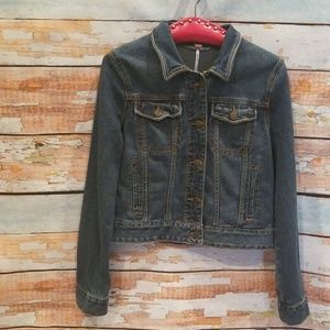 NWOT Free People Size S/P Button Jean Jacket!